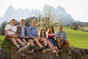 Wir die Familie Kasseroler vom Örtlhof